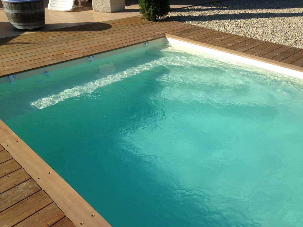 Coque piscine et rideau de s curit sur anthy for Rideau de piscine immerge