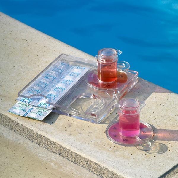test qualit d 39 eau de piscine. Black Bedroom Furniture Sets. Home Design Ideas